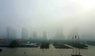 China renews yellow alert for thick fog