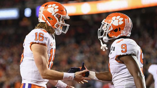College football 2019: Preseason top 25 rankings, bowl projections, All-Americans and more