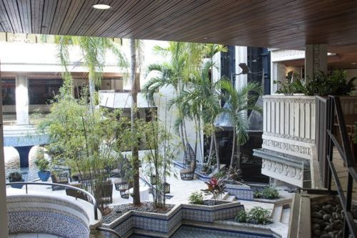 The Mayfair: The Place to Stay in Coconut Grove