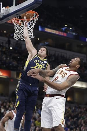 Nance's tip gives Cavs rare road win as Pacers' streak ends
