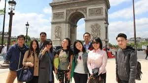 Indian, Chinese tourists drive boom in Thai tourism