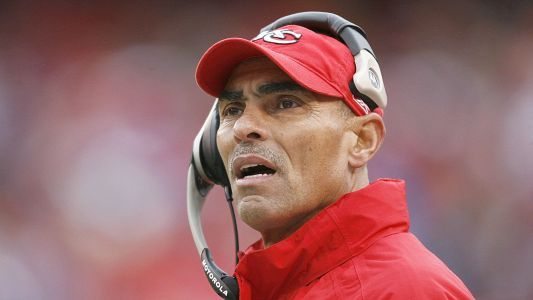 Herm Edwards wins Arizona State job, report says