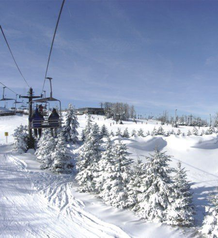 Snowboarder dies after fall at Seven Springs