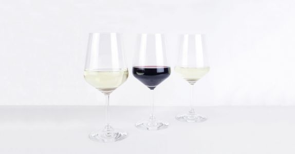 The Best Affordable Wine Glass Set You Should Own