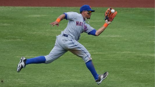 Mets outfielder Juan Lagares expected to miss rest of season with toe injury