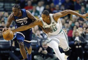 Celtics' Horford to sit out in Brooklyn with left knee pain