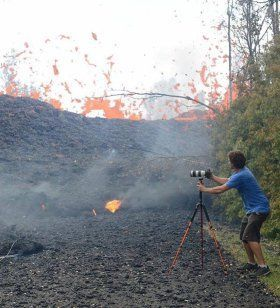 A 'Lava Chaser' Explains the Thrill of Getting Dangerously Close to Hawaii's Kilauea Eruption