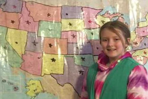 Girl Scout sells cookies in all 50 states