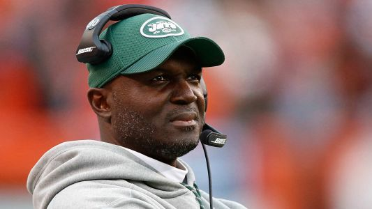 Jets won't fire coach Todd Bowles before season is over, report says