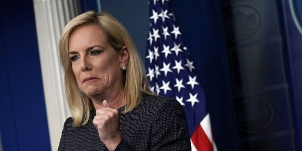 'Shame, Shame': Protesters heckled Homeland Security secretary Kirstjen Nielsen as she sat in a Mexican restaurant in Washington, DC