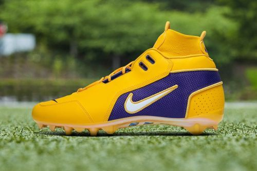 Odell Beckham Jr. Honors His Favorite Teams With Week 15 Nike Pregame Cleats