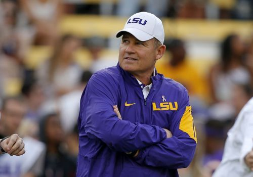 Les Miles to become next Kansas football coach