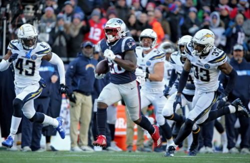 Rookie Sony Michel powers Patriots past Chargers