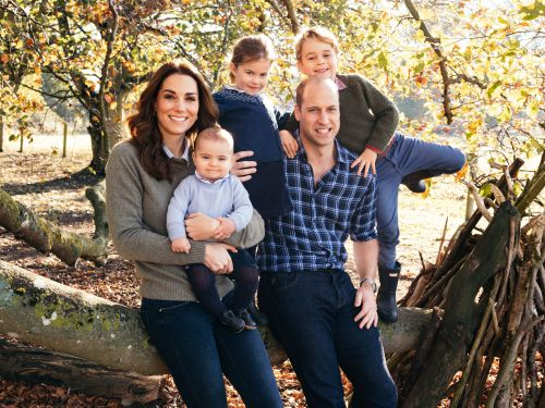 Here's Kate Middleton and Prince William's 2018 Christmas Card Portrait With the Royal Kids