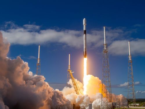 Video: SpaceX successfully launched 60 Starlink satellites into orbit as part of Elon Musk's high-speed internet plan