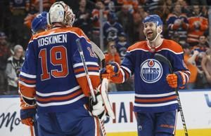 McDavid, Oilers beat Canucks 3-2 for 4th straight win