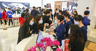 Offshore duty-free shops see 1.5b yuan in sales in 7 days