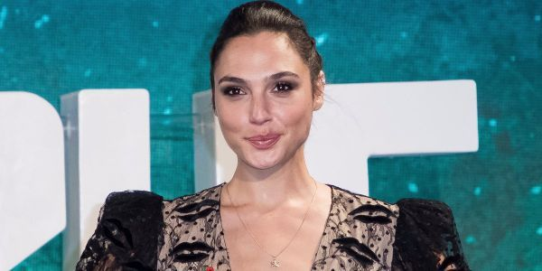 Warner Bros. says the viral story of Gal Gadot refusing to be in 'Wonder Woman 2' if Brett Ratner is involved is 'false'