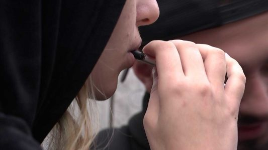 High school disciplines students caught vaping on campus with Saturday 'vape school'