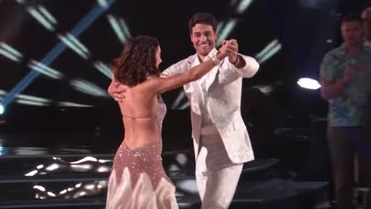 Grocery Store Joe Made His 'DWTS' Debut And, Well, At Least He Tried?