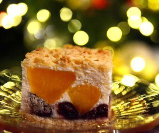 Christmas Cheesecake With Walnuts and Peaches