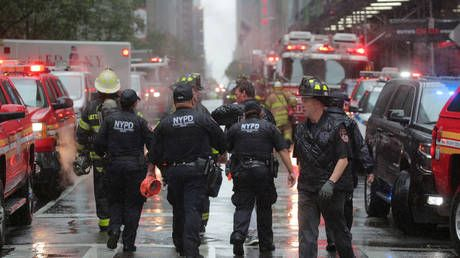 Hotel evacuated & streets closed as fire breaks out near New York's Times Square