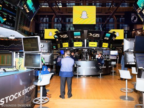 Snap trims earnings losses after Tencent announces a 10% stake
