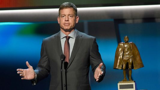 Troy Aikman talks NFL QBs, Jason Garrett's job security and keeping up with Joe Buck in October