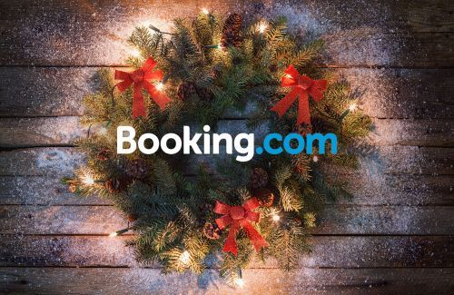 Merry Christmas! Here's $30 Off Your Next Hotel On Booking.com