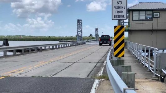 Two men die trying to jump Louisiana drawbridge with car, police say