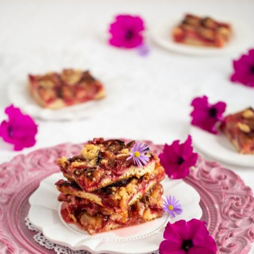Plum Cake with Butter Crumble