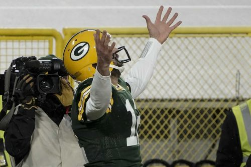 Packers beat Rams, head to NFC Championship
