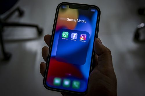 Facebook, Instagram and WhatsApp Experience Biggest Outage Since 2008