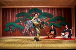 Traditional Japanese Performing Arts & Sushi experience with Mandarin Oriental, Tokyo