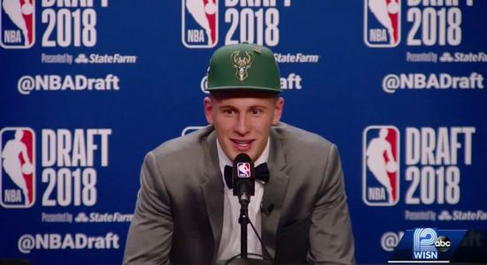 Who are Bucks getting in Donte DiVincenzo?
