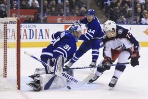 Hyman scores twice, Maple Leafs top Blue Jackets 4-2