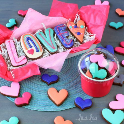 How To Make Decorated LOVE Valentine Sugar Cookies