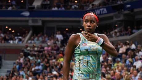 Teenage tennis star Coco Gauff loves fast food and Serena Williams but aims to 'hate' Naomi Osaka in Australian Open 3rd round