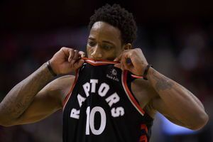 Raptors' DeRozan fined for '5-on-8' comment criticizing refs