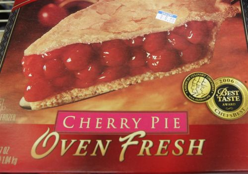 How many cherries in a frozen pie? FDA may soon drop rules