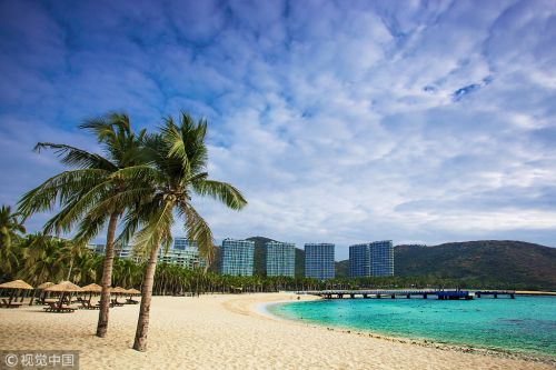 Hainan receives over 76 million tourists in 2018