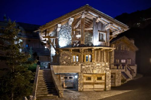 Firefly Launches Flying Chef Program for Alpine Chalets