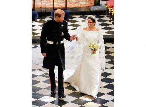We Found Meghan Markle's Gorg Wedding Gown for *Way* Less
