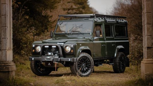 This Wild Land Rover Defender Restomod Will Carry the Rich Through the Apocalypse