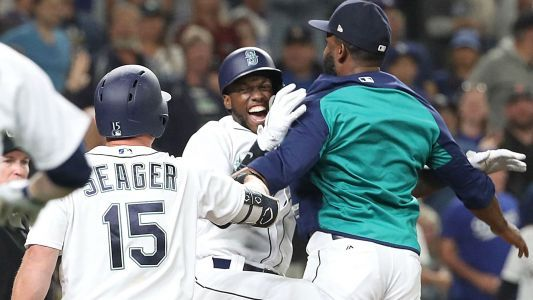 WATCH: Mariners walk off Dodgers with a . . . balk