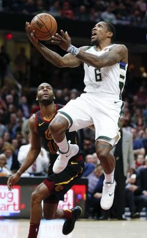 Antetokounmpo matches career high with 44, Bucks beat Cavs