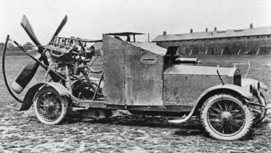 This Ridiculous WWI Armored Car Had A Propeller To Use In The Desert