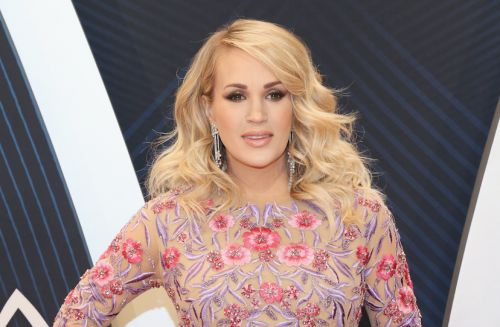 Carrie Underwood Reveals That She's Having A Baby Boy While Co-Hosting The 2018 CMAs