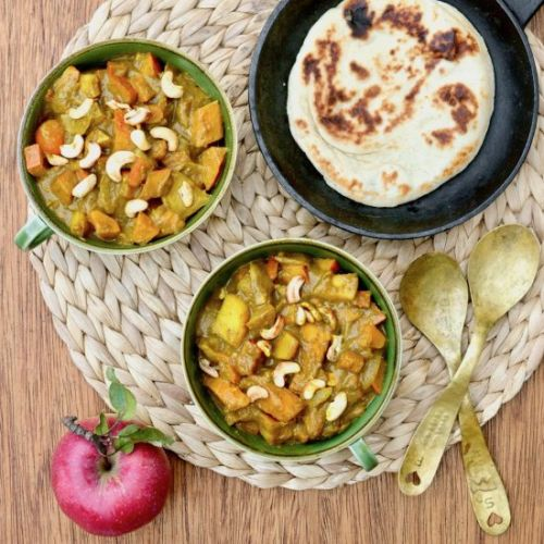 Vegan Pumpkin Curry with Apples