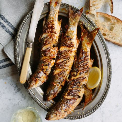 Grilled harders with smoked paprika